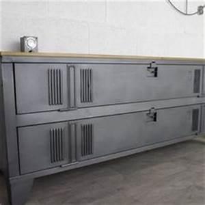 1000 idees sur le theme buffet porte coulissante sur With meubles d entree vestiaire 13 meuble industriel decoration industrielle meuble de