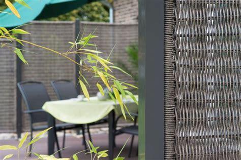 Balkon Ideen Interessante Einrichtungsideen Kleiner Balkonsbalkon Ideen Frische Farben Fuer Den Balkon by Balkon Ideen