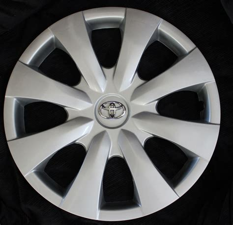 Toyota Hubcaps by Toyota Corolla Hubcaps On Shoppinder