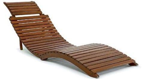 chaise longue en bois chaise longue bois homeandgarden