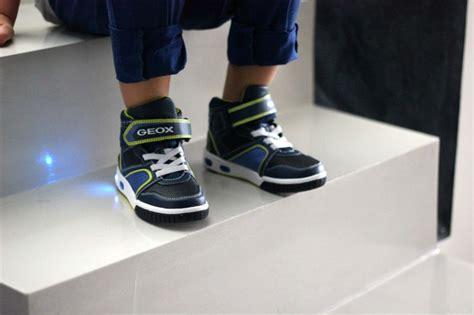 Scarpe Si Illuminano by Pamray Scarpe Led Bambini Boy Bambina Di 7 Colori Si