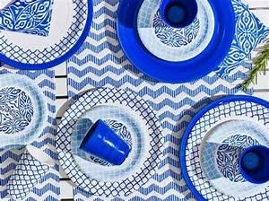 Assiette Bleu Canard : les 25 meilleures id es concernant cuisine bleu canard sur pinterest salon bleu canard le ~ Teatrodelosmanantiales.com Idées de Décoration