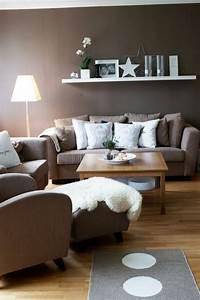 Moderne Wandfarben Für Wohnzimmer : wohnzimmer modern einrichten wandfarbe braun weisse akzente wohnideen magazin f r ~ Sanjose-hotels-ca.com Haus und Dekorationen
