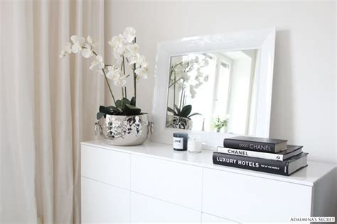 Chanel Deko Buch by C L A S S Y In The City Lovely Spaces Chanel Buch