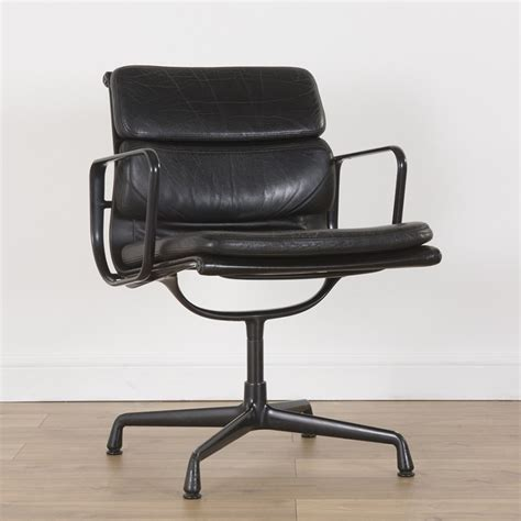 soft pad alu office chair by charles eames for