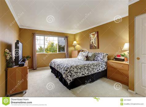 couleur de la chambre à coucher inteior de chambre à coucher dans la couleur de moutarde