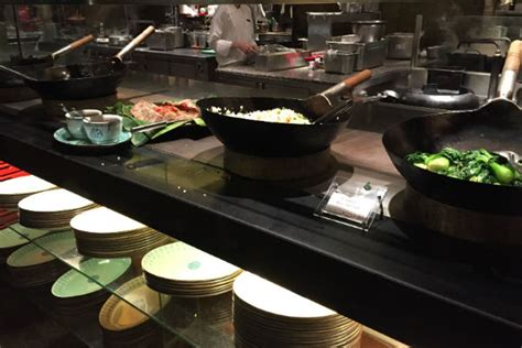 Kitchen Buffet Dinner by Grand Hyatt Singapore Club Lounge And Straits Kitchen Review