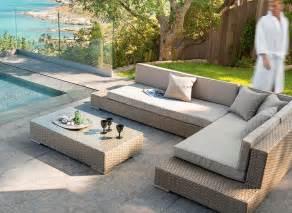 Salon De Jardin Resine Solde : salon bas jardin royal sofa id e de canap et meuble ~ Edinachiropracticcenter.com Idées de Décoration