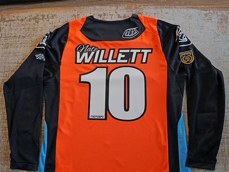 personalized motocross jerseys custom stickers decals banners custom signs apparel