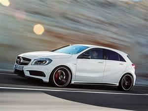 Mercedes Benz Classe A Amg : mercedes a45 amg edition 1 goes on sale autoevolution ~ Medecine-chirurgie-esthetiques.com Avis de Voitures