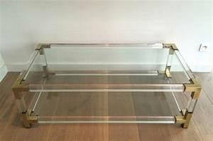 Table Basse En Plexiglas : 50 39 s 12064 maison jansen table basse en plexiglass ~ Teatrodelosmanantiales.com Idées de Décoration