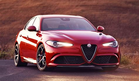 2018 Alfa Romeo Giulia Quadrifoglio 8