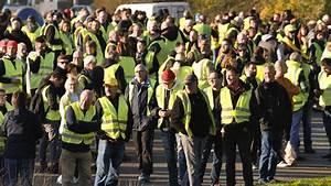 Greve Du 17 Novembre 2018 : mobilisation des gilets jaunes trois policiers bless s apr s avoir t percut s par des ~ Medecine-chirurgie-esthetiques.com Avis de Voitures