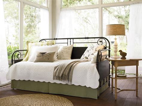Daybed Guest Bedroom Ideas Dreamy Daybeds We Adore