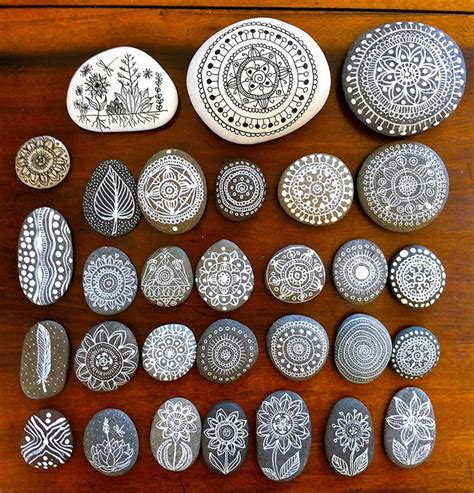 Incredible Illustration Art On Pebbles