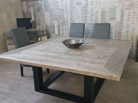 table industrielle extensible table de salle 224 manger industriel pied centrale en acier plateau en sapin massif gris 233 en 2019