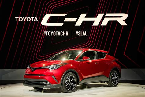 toyota launches  spec   hr compact crossover