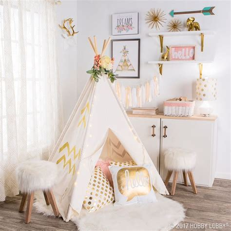images  girls bedroom decor  pinterest play tents marquee letters  stencils