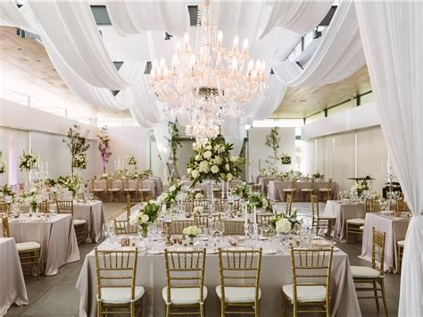 show stopping wedding decoration ideas  style