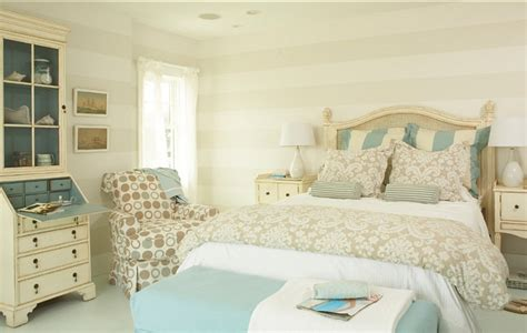 Coastal Cottage With Paint Color Ideas-home Bunch