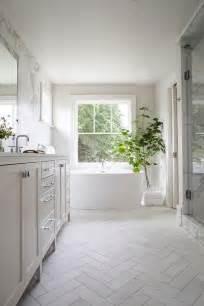white bathrooms ideas best 10 white bathroom ideas on white