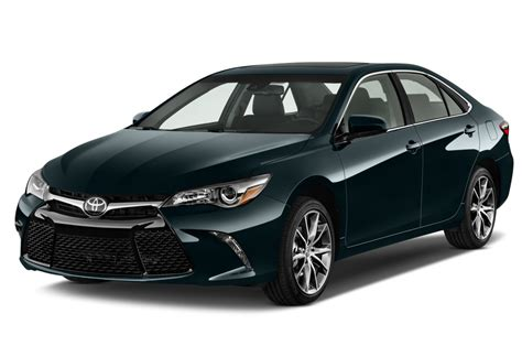 toyota camry 2017 toyota camry reviews and rating motor trend