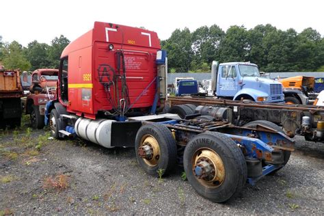 volvo vnmt tandem axle sleeper cab tractor  sale