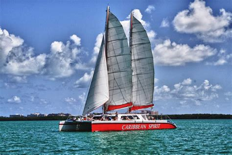 yacht charters miami individual private corporate