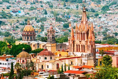 Pueblo Mágico: A Visitor's Guide to San Miguel de Allende ...