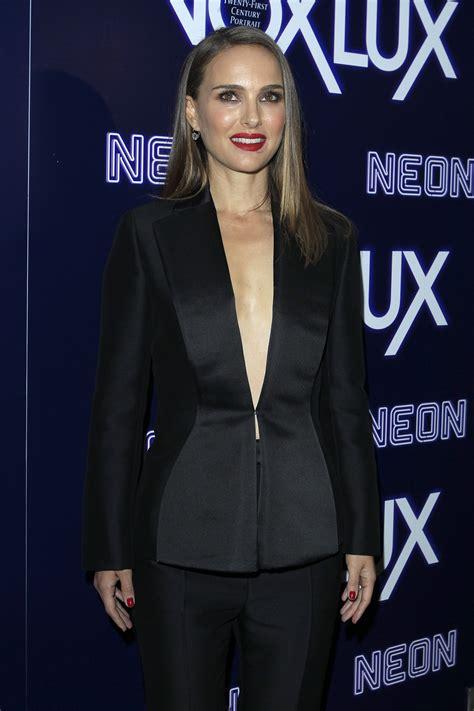Natalie Portman Jude Law Raffey Cassi Appear The