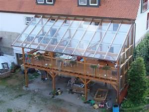 Terrassenüberdachung Günstig Selber Bauen : terrassen berdachung selber bauen mit einem glasdach bauen ~ Frokenaadalensverden.com Haus und Dekorationen