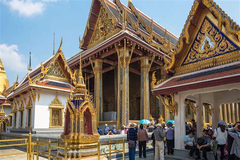 wat phra kaew  bangkok  complete guide