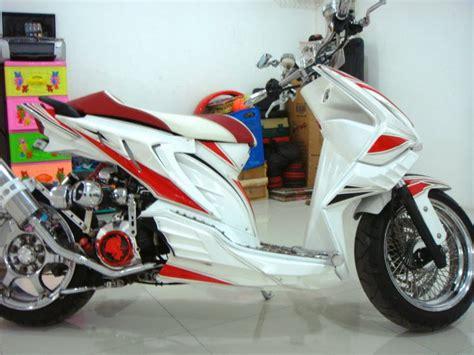 Variasi Beat Putih Injeksi by Gambar Modifikasi Motor Honda Beat Putih Injeksi Velg 17