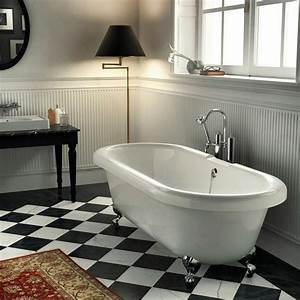 Badewanne Auf Füßen : freistehende badewanne mit armatur und f ssen aus chrom bad freistehende badewanne ~ Orissabook.com Haus und Dekorationen