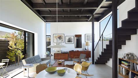 black house  takatina designed minimalist family house