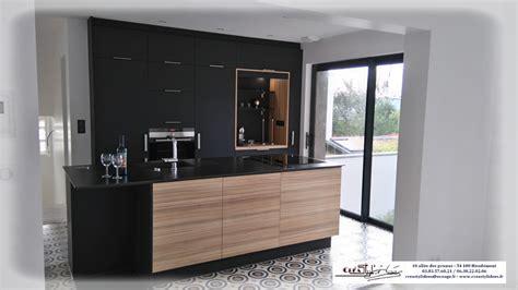 cuisine noir modele cuisine noir et bois wraste com