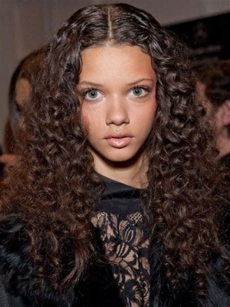 Curly Hairstyles For by 10 Best Curly Hairstyles 2017 Goostyles Page 2 Of 3