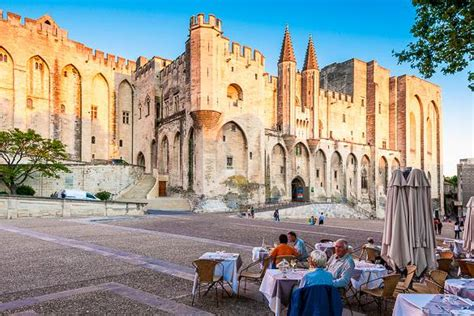 Discover Avignon In The South Of France In Just 48 Hours