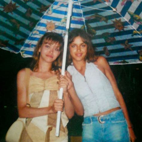 bradley cooper s girlfriend irina shayk had visa problems over her muslim roots daily mail online