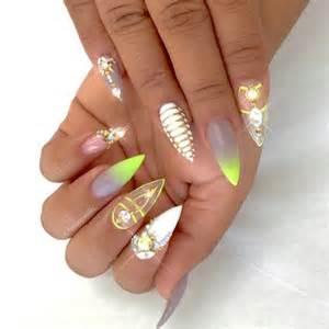 Diamonds nail art design nails pointy