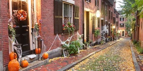 The Best Small Towns In America For Halloween Best