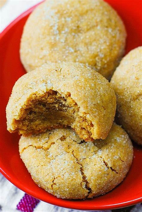 simple peanut butter cookies the best and easy peanut butter cookies recipe