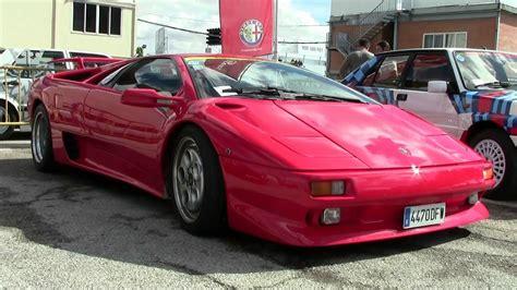 Beautiful Lamborghini Diablo Sounds In Track