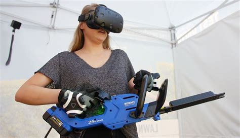 Lowe's 'Holoroom' Lets Customers Test Drive Power Tools in ...