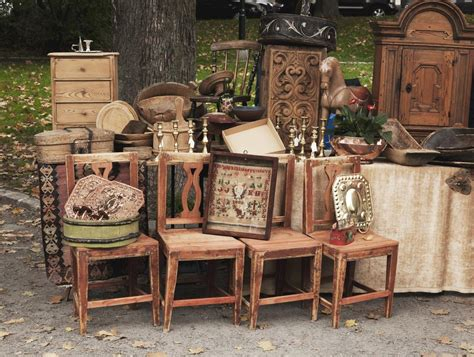 A Compiled List Of The Best Things To Sell At A Flea Market
