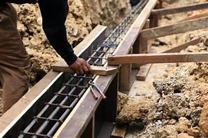 Ferraillage Fondation Mur De Cloture : comment r aliser les fondations d 39 un mur de cl ture ~ Dailycaller-alerts.com Idées de Décoration