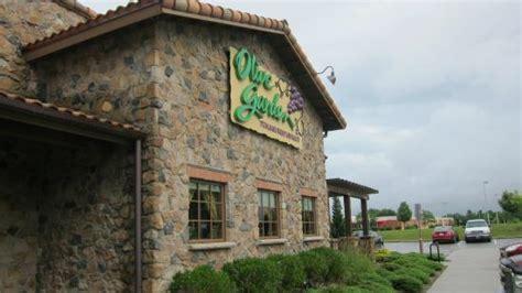 The 10 Best Restaurants Near Hickory Falls Family