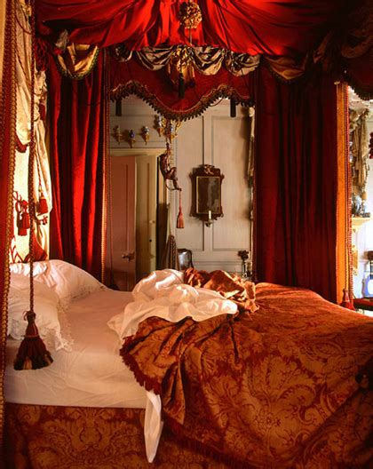 Trend 10 Most Romantic Bedrooms  Zillow Porchlight