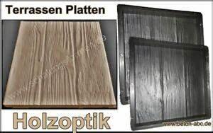 Terrassenplatten Holzoptik Beton : schalungsform gie form f r beton terrassen platten holzoptik 30 x 30 x 3 cm ebay ~ A.2002-acura-tl-radio.info Haus und Dekorationen