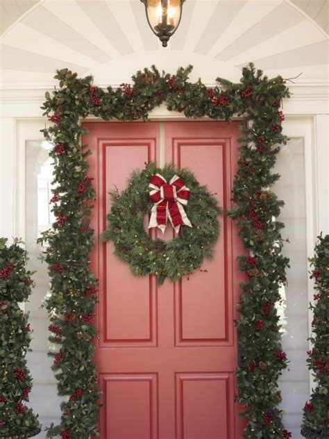 how to make a christmas door hanging on youtube tips for hanging wreaths and garlands